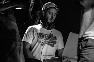 Bernhard E. (DJ/Effects/Keys)