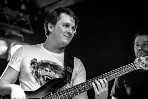 Tom R. (Bass)